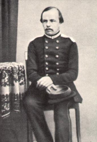 داستایفسکی در لباس افسری
