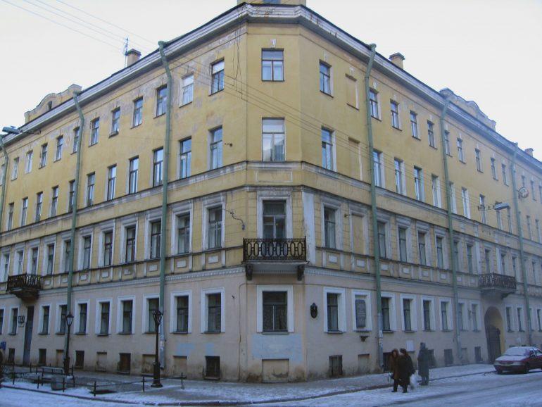 خانهای که داستایفسکی در آن جنایت و مکافات را نوشت